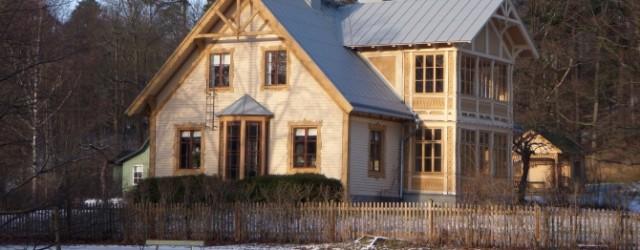 vit villa på landet