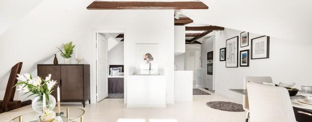 vy över kök, vardagsrum och master bedroom i lägenhet på Kungsholmen